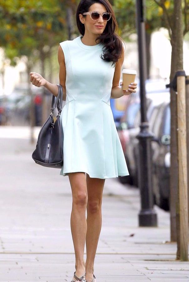 how-to-dress-like-amal-clooney-popsugar-fashion-1471878843gn84k