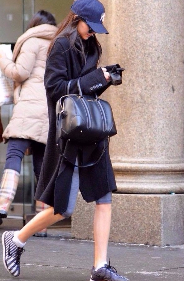 kendall-jenner-street-style-going-to-the-gym-in-new-york-city-february-2014_4