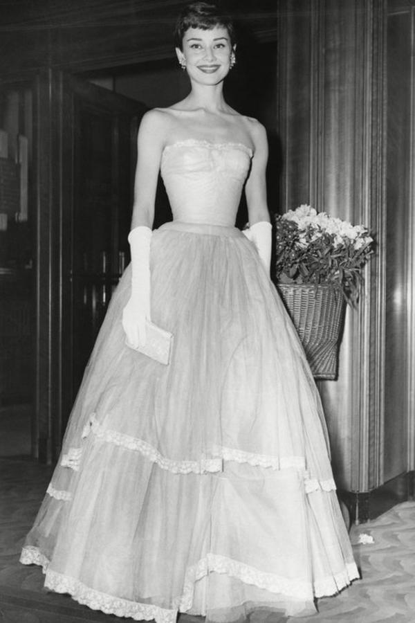 Audrey Hepburn 1955 (InStyle)