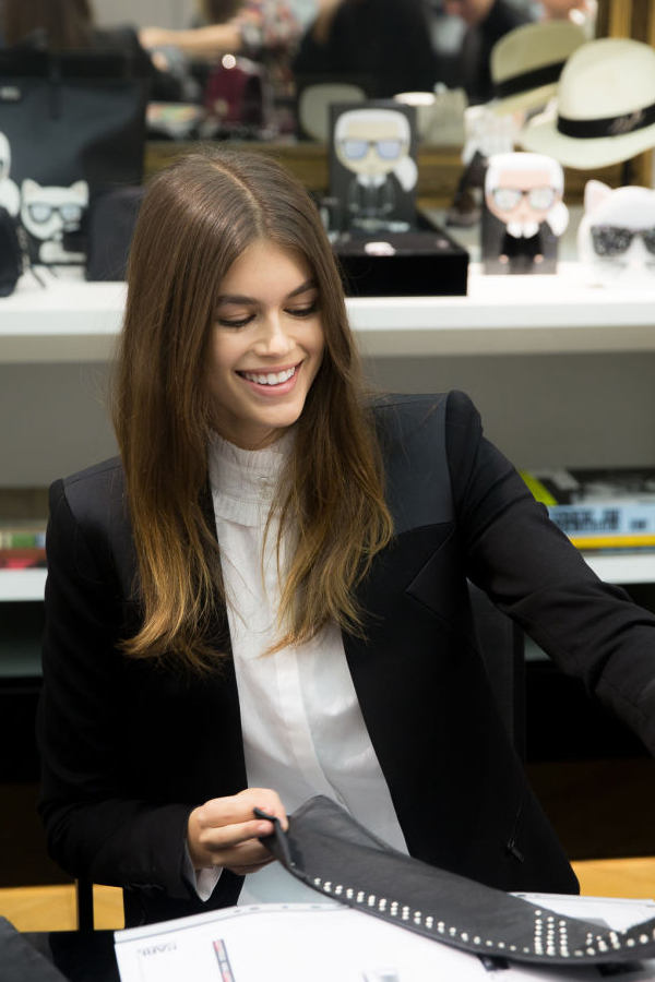 Kaia Gerber x Karl Lagerfeld Collaboration - Kaia at Lagerfeld design studios selecting designs - hashtaglegend